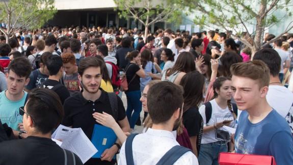 VIVA LA RADIO. El Factor humano. La Universidad de Murcia es el destino: Orientación de itinerarios educativos