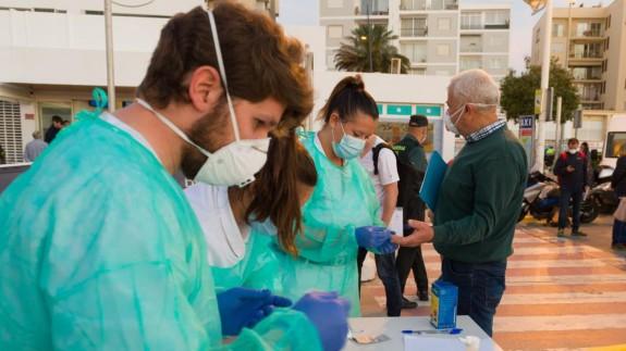 Sanidad confirma dos nuevos fallecidos por coronavirus en 24 horas y 39 en la última semana