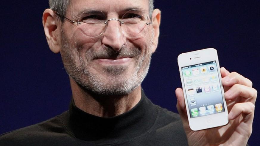 VIVA LA RADIO. La revolución espectral. Steve Jobs, historia de una manzana: Nada volverá a ser igual