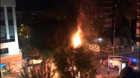 Incendio de contenedores en Murcia