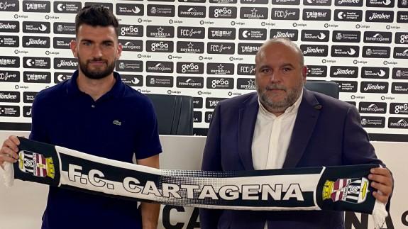 Pablo Vázquez y Manuel Sánchez Breis. Foto: FC Cartagena