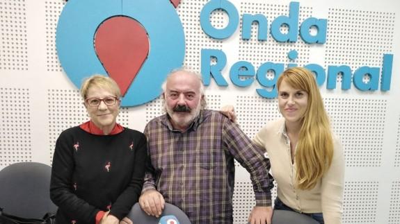 Los periodistas Pity Alarcón y ángel Montiel en el programa Afectos Especiales