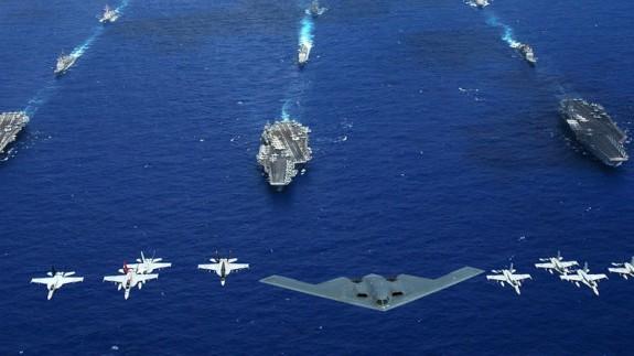 Aviones y buques militares