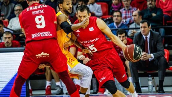Sadiel Rojas contra Zaragoza (foto: Basket Zaragoza)