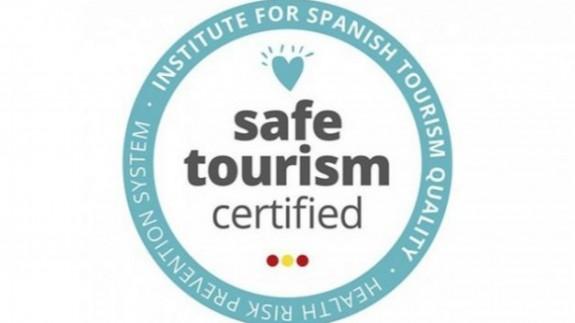 NO ES UN VERANO MÁS. Las playas de San Javier reciben el sello 'Safe Tourism Certified'