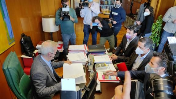 PSOE, Cs y Podemos presentan una moción de censura en el Ayuntamiento de Murcia