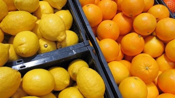 Cítricos en un mercado