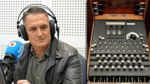 El comisario Ignacio del Olmo y máquina de cifrado Enigma
