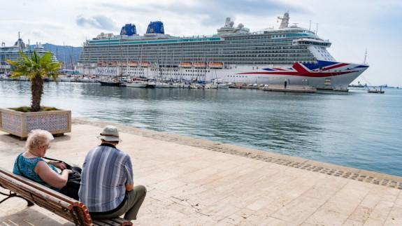"""Hellín planea """"trenes chárter"""" para llevar a los turistas de los cruceros que arriban a Cartagena. Foto: AYTO. CARTAGENA"""