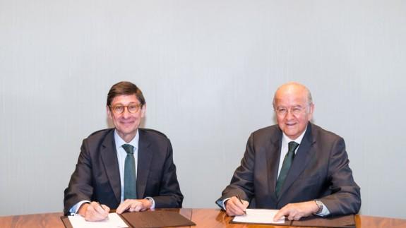 Goirigolzarri y Egea firman el convenio (foto: Bankia)