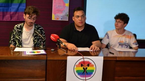 Los representantes de la asociación Jumilla a color: Jesús Navarro, Manuel Lozano y Ángel Gomariz