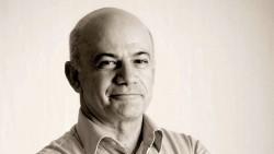 """TARDE ABIERTA. Eduardo Osuna: """"La estrategia de vacunación se está trabajando bien, pero se está comunicando mal"""""""