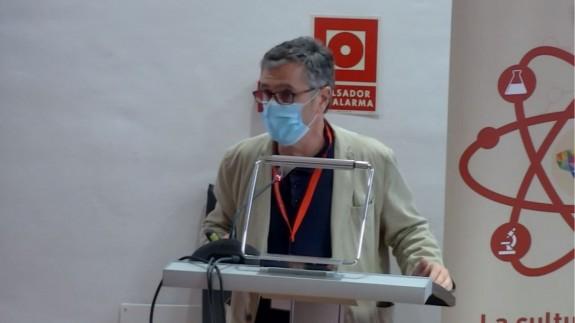 Alberto Torres durante una conferencia. UMU
