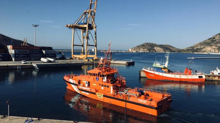 Tareas de búsqueda por parte de Salvamento Marítimo en Cartagena